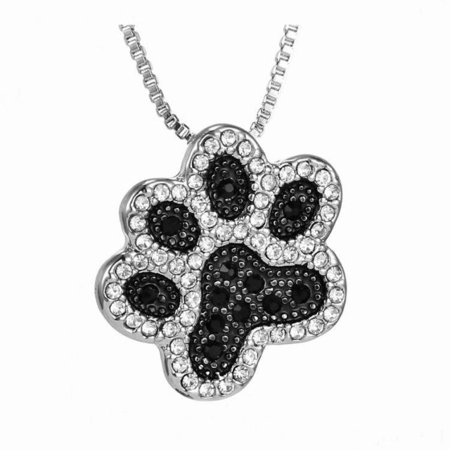 Women's Lovely Cat Pendant Necklace