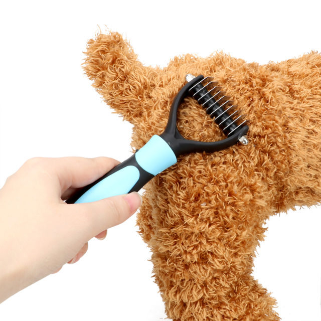 Blue / Pink Grooming Pet Fur Removal Comb